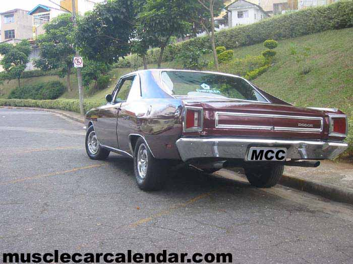 Spectacular muscle car shots of a Brazilian 1976 Dodge